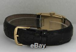Vintage Hamilton Hand-Winding 14K Yellow Gold Silver Dial Circa 1940s Watch